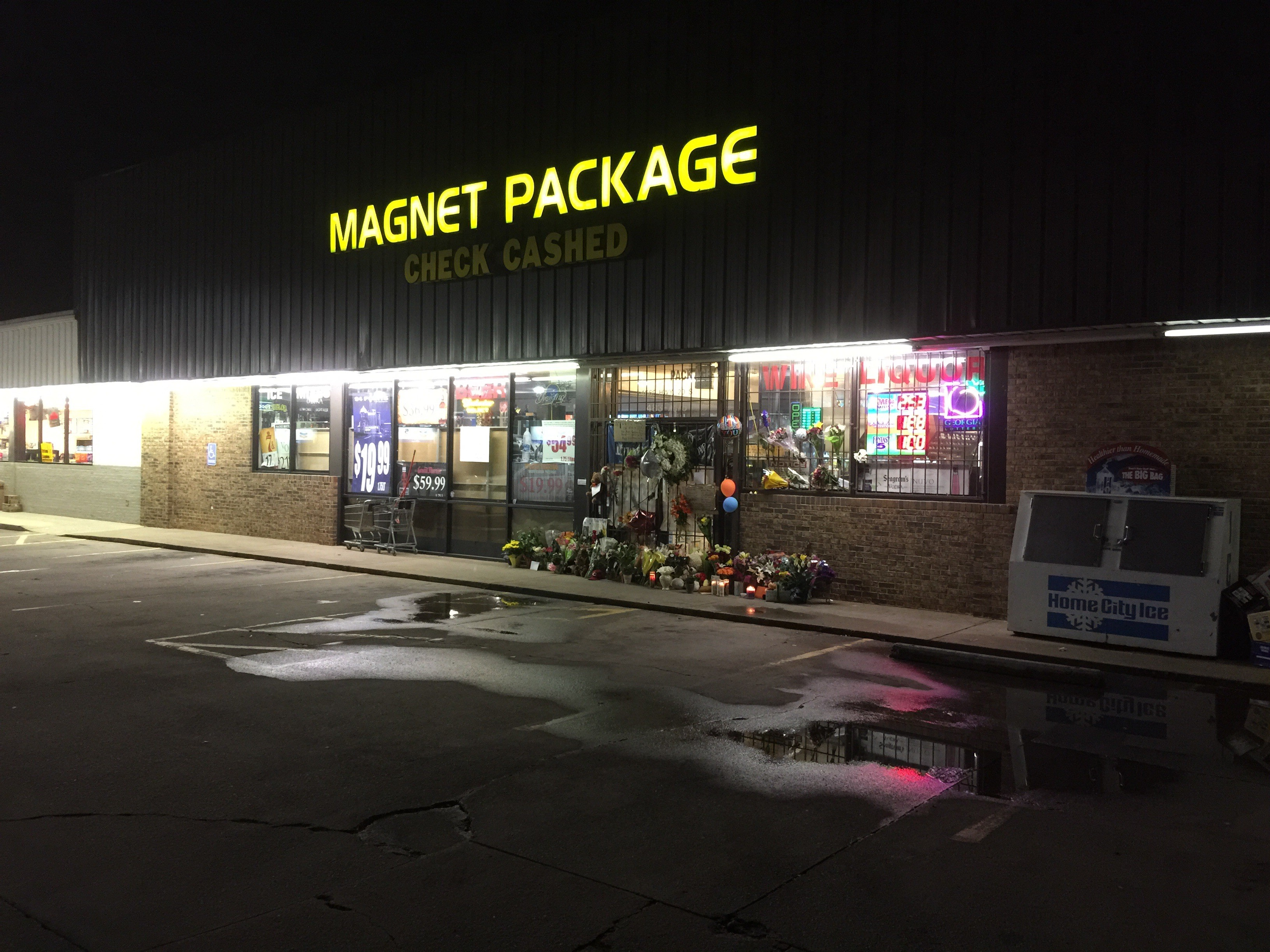 Magnet Package-Man goes on shooting spree, Conyers ga